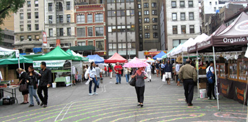 rainy-farmers-market.jpg